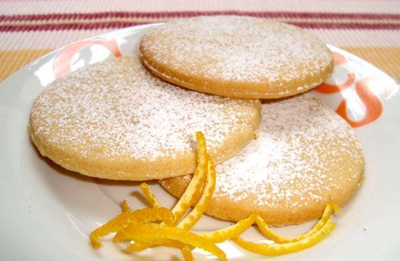 polvorones naranjas